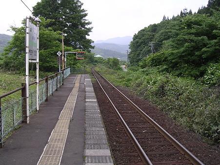 宮越駅ホーム2