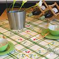 Photos: チェックのテーブルクロス
