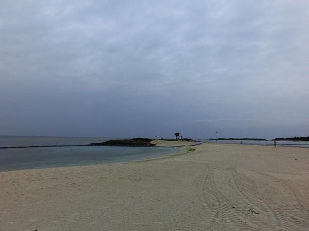 美ら海エメラルドビーチで雨がポツポツ