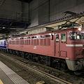 直江津駅で発車を待つ寝台特急日本海