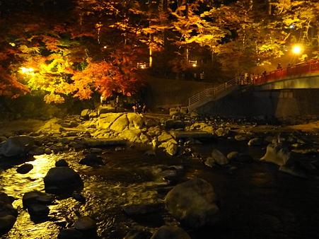 香嵐渓:待月橋夜景