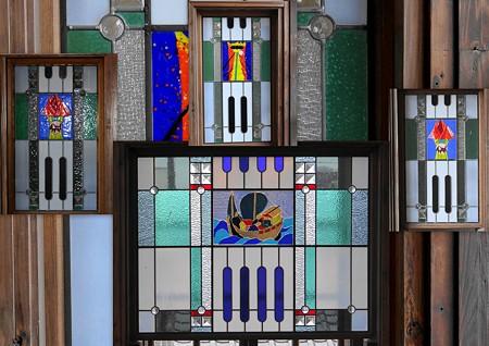 近江八幡市:白雲館ステンドグラス