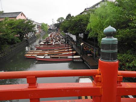 水郷柳川:見柱神社前の舟溜り