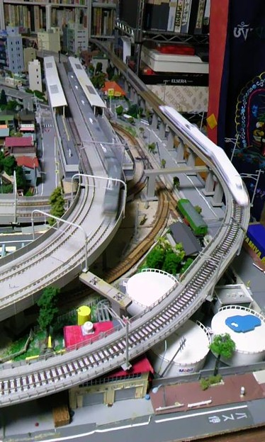 フォト蔵地下の部屋の鉄道模型レイアウト部分アップアルバム: モバツイ (383)写真データフォト蔵ツイート