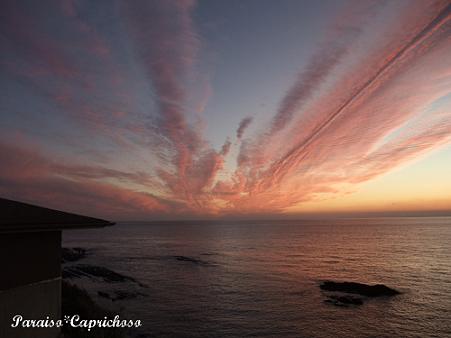 水平線と夕暮れ雲