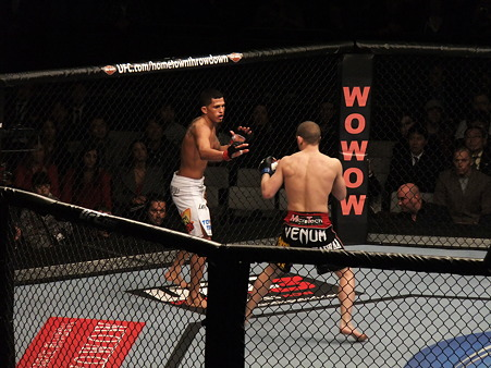 UFC 144 アンソニー・ペティスvsジョー・ローゾン (1)