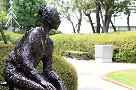 2011.07.02 横浜 ジョイナスの森彫刻公園 ニケ1983 朝倉響子 1983