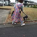 写真: ママさん初散歩!