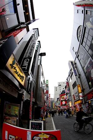 新宿西口 マップカメラ1号店周辺