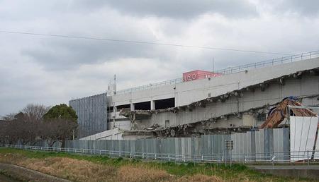 ジャスコ豊橋店 取壊中 バロー建設へ-180315-1