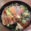 とびっちょ丼1800円。
