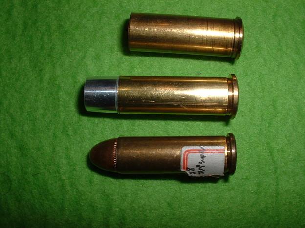 マルシン 8mmポリスリボルバー 初期型カート(上) Xカート仕様 カート(中)と38.SP ダミーカート(下) Doburoku-TAO